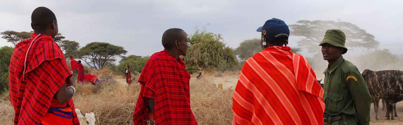 Ranger talks to Chief Loloopita